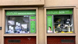 Značková prodejna a kosmetický salon Praha 6